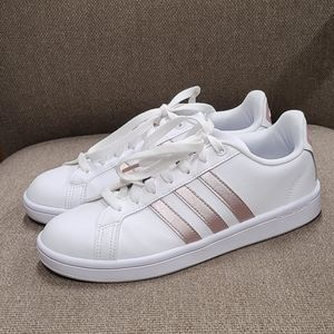 Adidas Ortholite Float white lace up sneakers